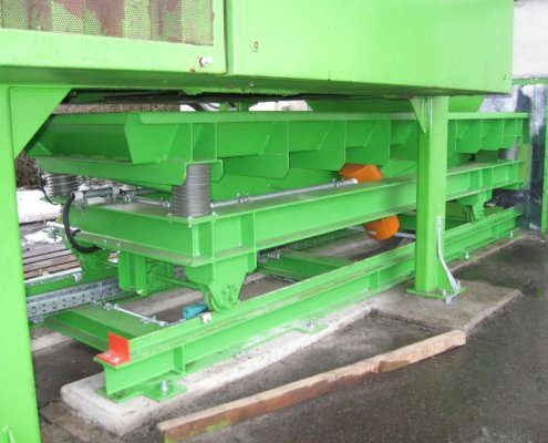 Schwingförderrinne - Recycling - Fördertechnik - 24