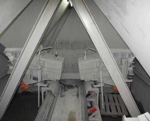Bunkerabzugsrinne - Fördertechnik - Recycling Anlagenbau